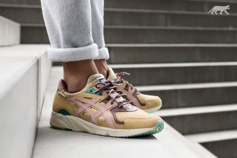 asphaltgold x ASICS Gel-DS Trainer OG Jugendstil - On feet (Side)
