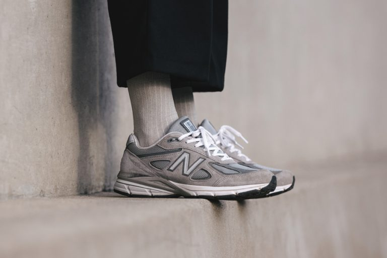 New Balance M990GL4 990v4 - On feet (Side)