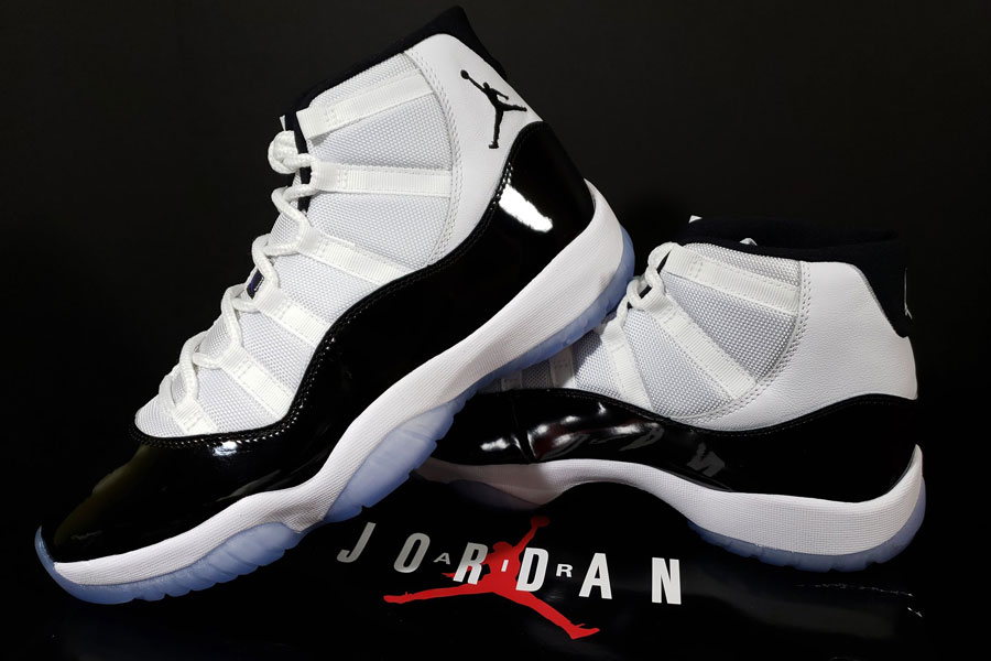 super popular 517d8 9e4f6 Nike Air Jordan 11 Concord Retro (378037-100) - Mood 1