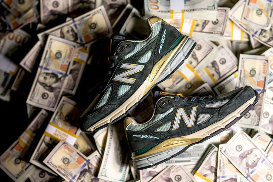 YCMC x New Balance 990v4 Benjamin Bread - Side