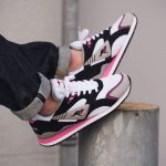 KangaROOS 2018 Spring Summer 2nd Drop - RUNNER OG Black Pink (On feet)