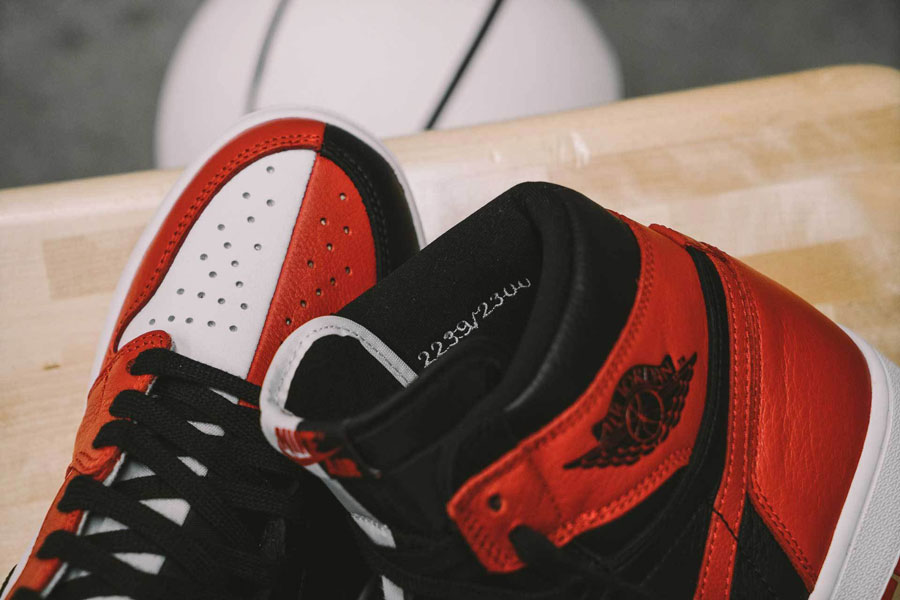 Nike Air Jordan 1 Homage to Home (861428-061) - Toebox