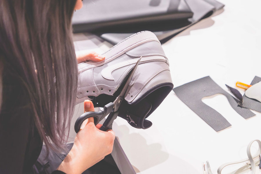SNIPES presents The Customization of the Air Jordan 1 - Recap (Scissor)