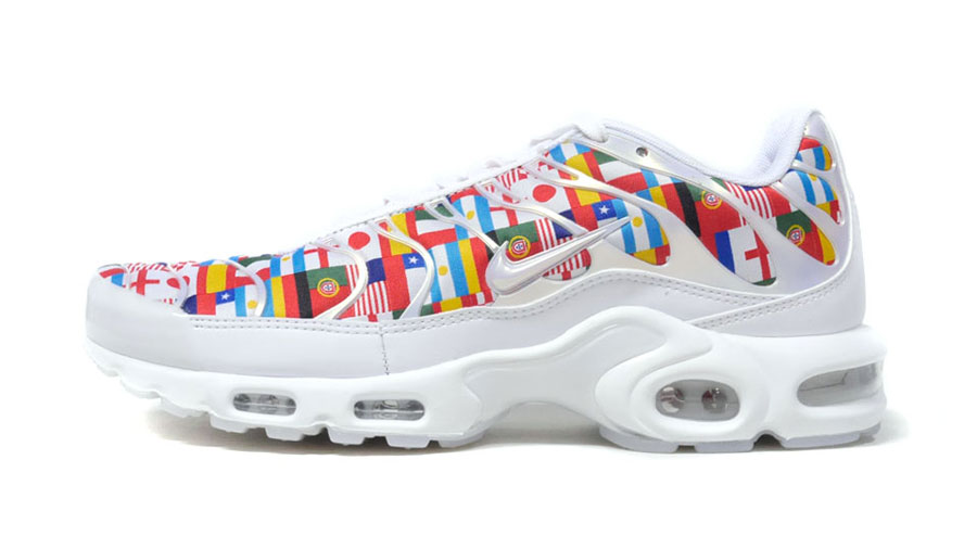 Nike International Collection Air Max Plus NIC QS (AO5117-100) - Side