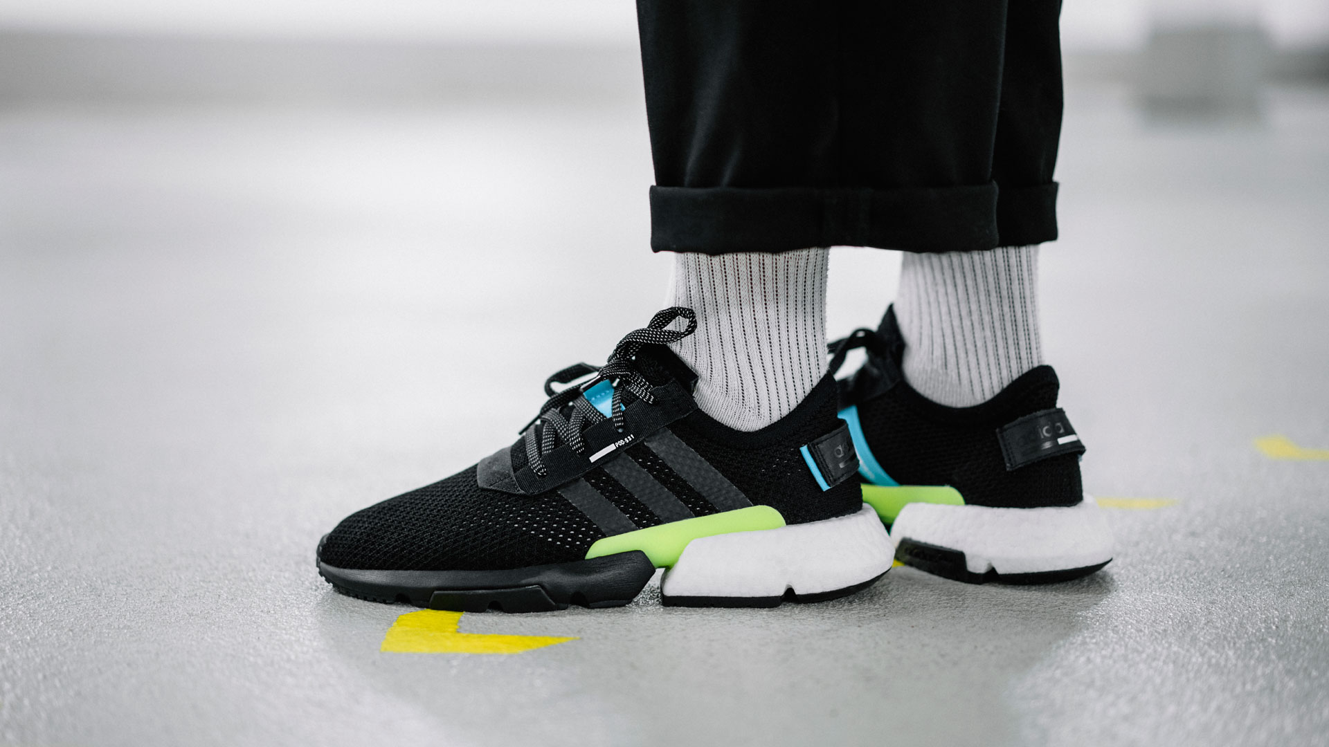adidas POD-S3.1 Core Black Ftwr White (AQ1059) - Slider