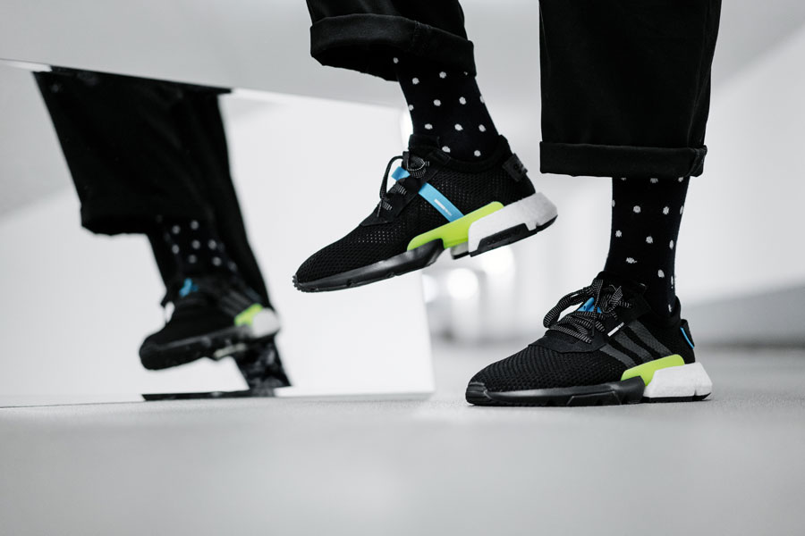 https://sneakers-magazine.com/wp-content/uploads/2018/06/adidas-pod-s3.1-core-black-ftwr-white-aq1059-title.jpg