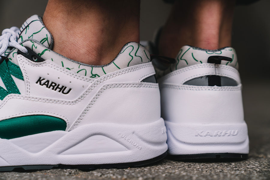 Karhu Fusion 2.0 OG White Ultramarine Green (F804034) - On feet (Heel)