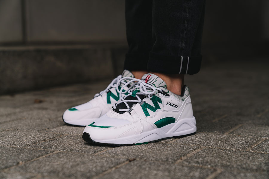 Karhu Fusion 2.0 OG White Ultramarine Green (F804034) - On feet (Toebox)
