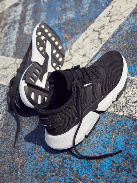 adidas POD-S3.1 Core Black (B37366) - Mood