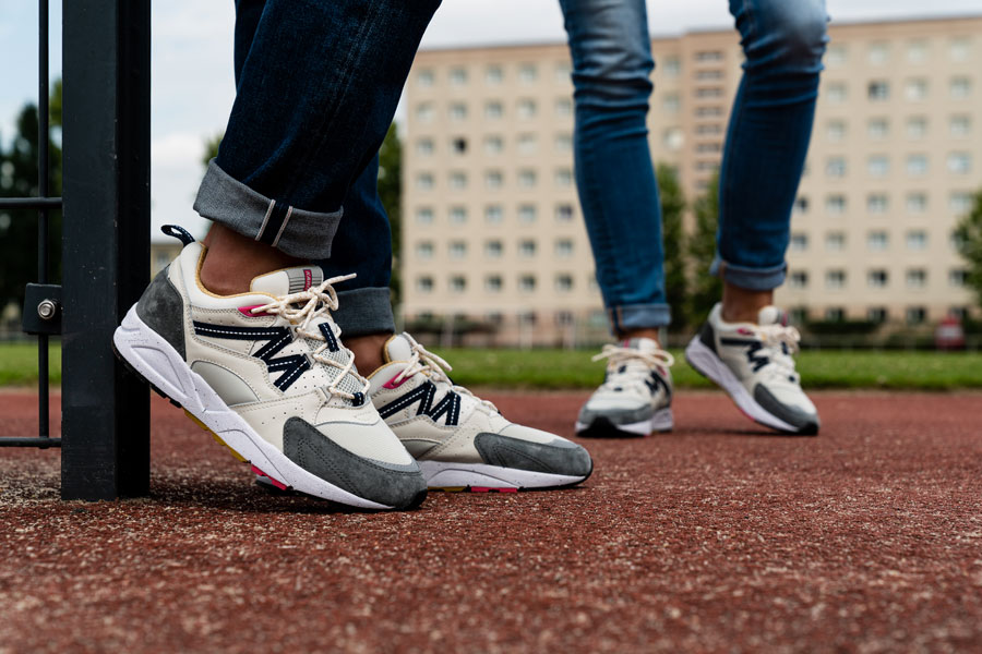 Karhu Legend Track Field Pack - Fusion 2.0 (Silver Birch Castor Grey) - On feet