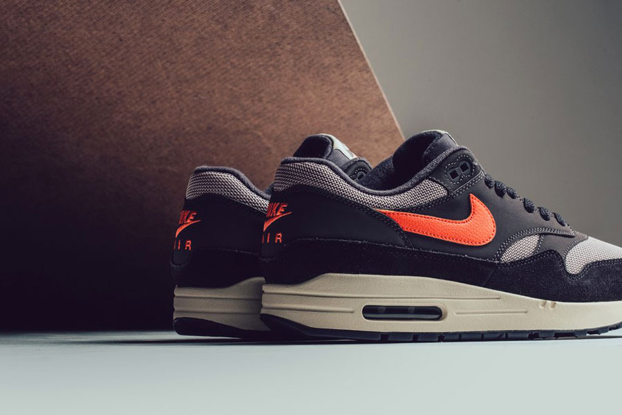 Nike Air Max 1 Oil Grey Wild Mango (AH8145-004) - Heel