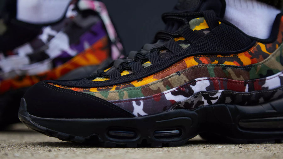 Nike Air Max 95 ERDL Party Black (AR4473-001) - On feet (Toebox)