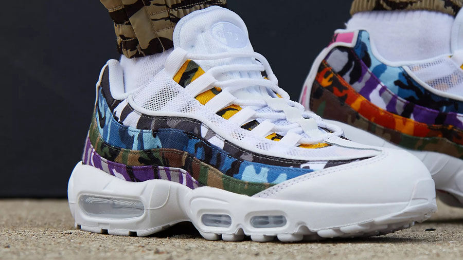 Nike Air Max 95 ERDL Party White (AR4473-100) - On feet (Close)