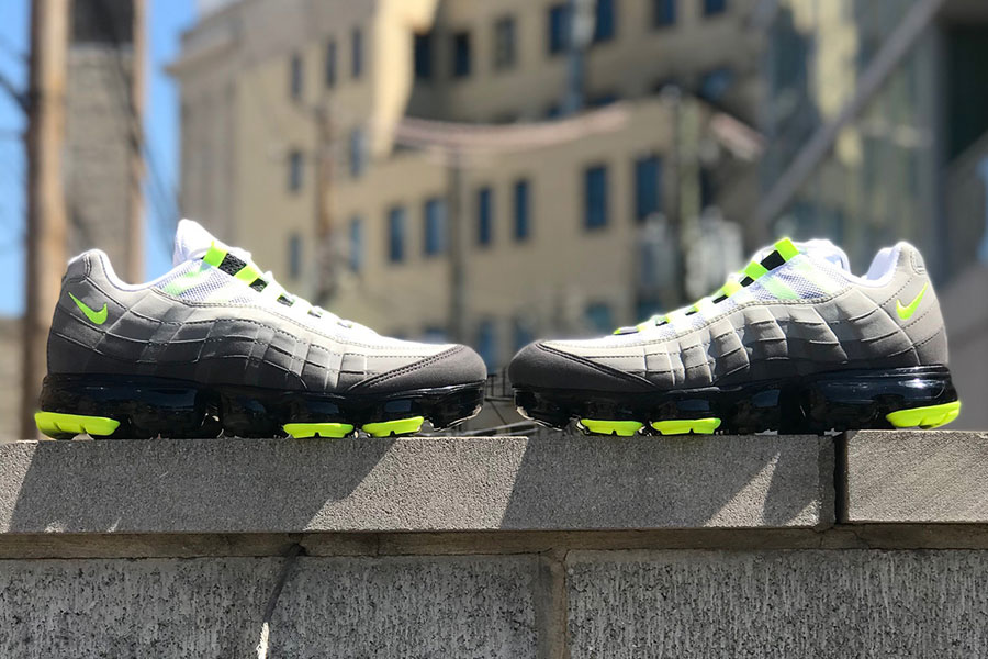 "cheaper 209d6 7c5fe A Closer Look at the Nike Air VaporMax 95 OG ""Neon"""