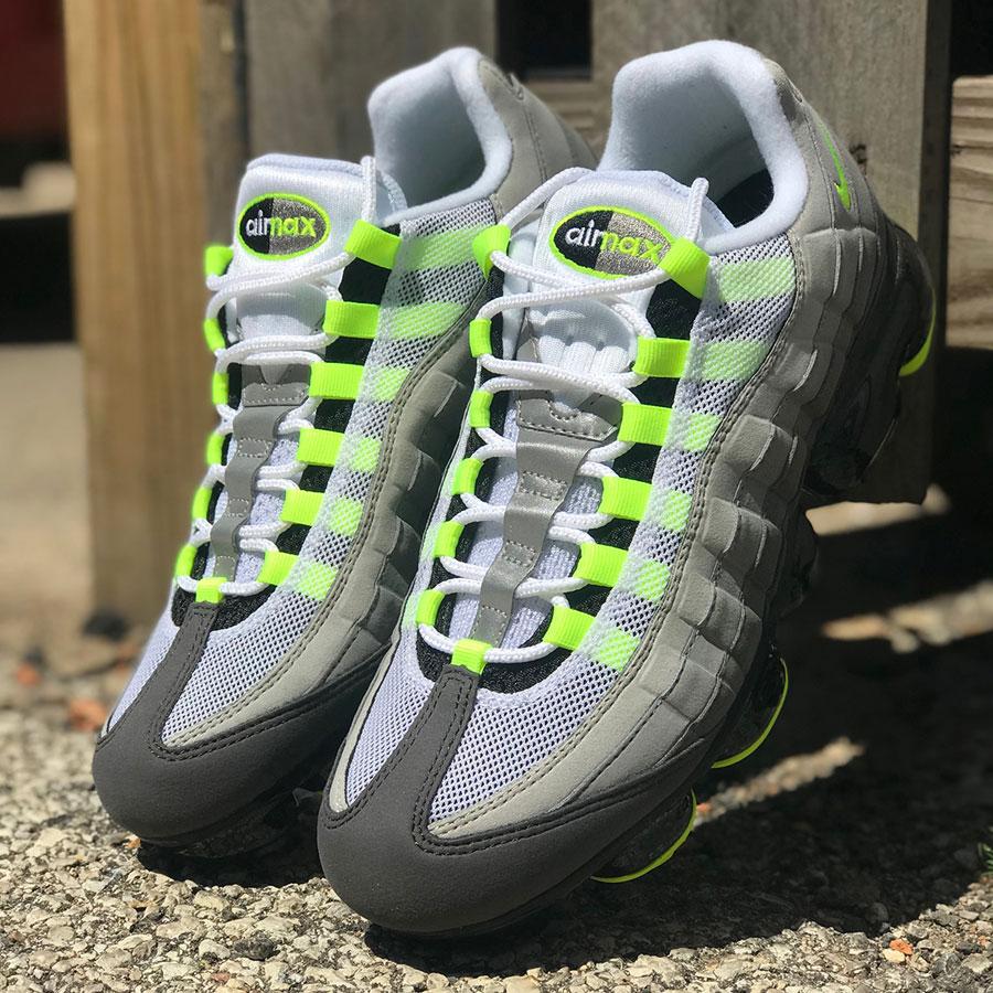 Nike Air VaporMax 95 OG Neon (AJ7292-001)