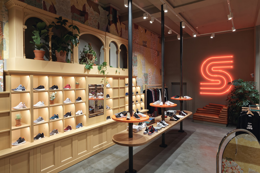 The History of Sneakersnstuff - Berlin (2)