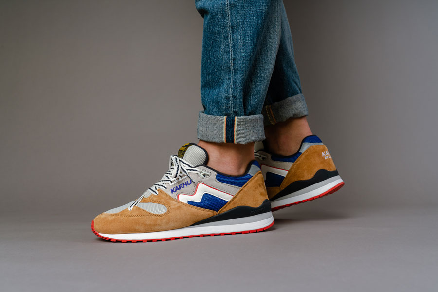 Karhu Legend Forest Treats Pack - Synchron Classic (On feet 1)