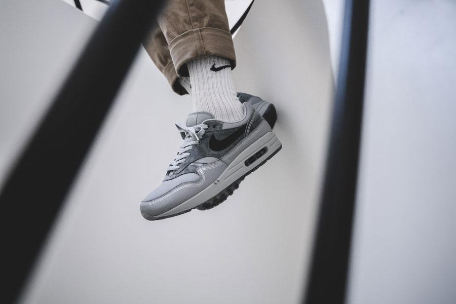 Nike Air Max 1 By Night (AV3735-001) - On feet 1