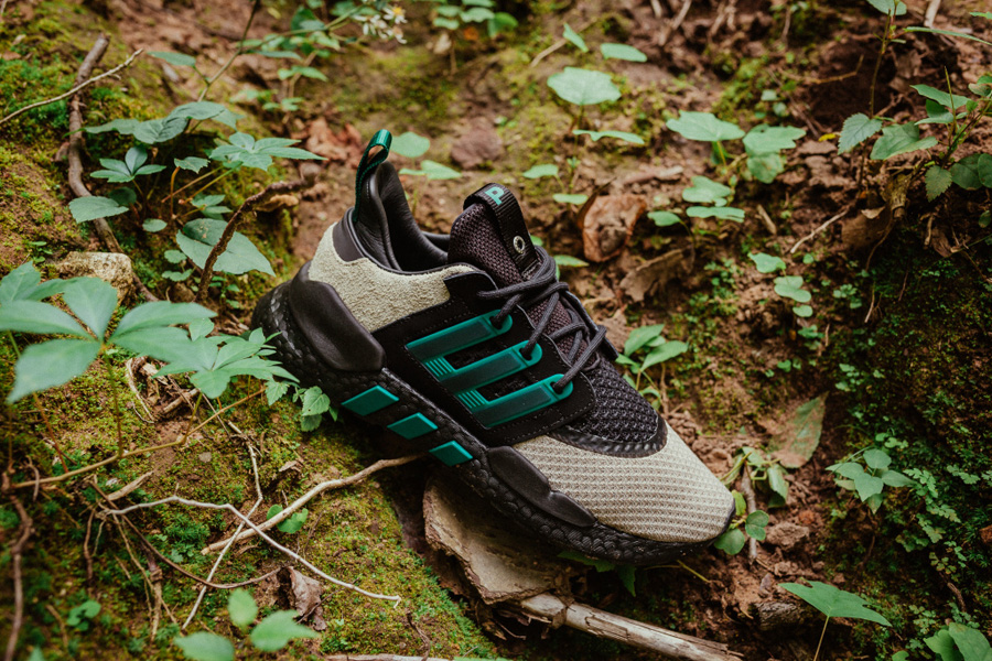 Packer x adidas Consortium EQT 91 18 - Side
