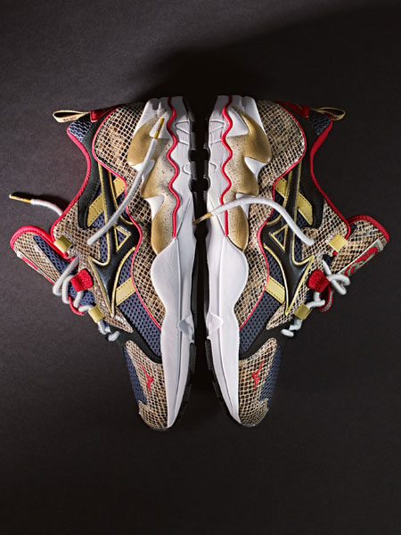 24 Kilates x Mizuno Wave Rider 1 King Kobra - Side