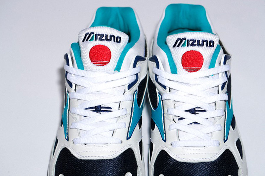 BEAMS x Mizuno Sky Medal TR - Tongue