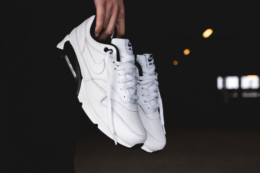 Nike Air Max 90-1 White Black (AJ7695-106) - Mood