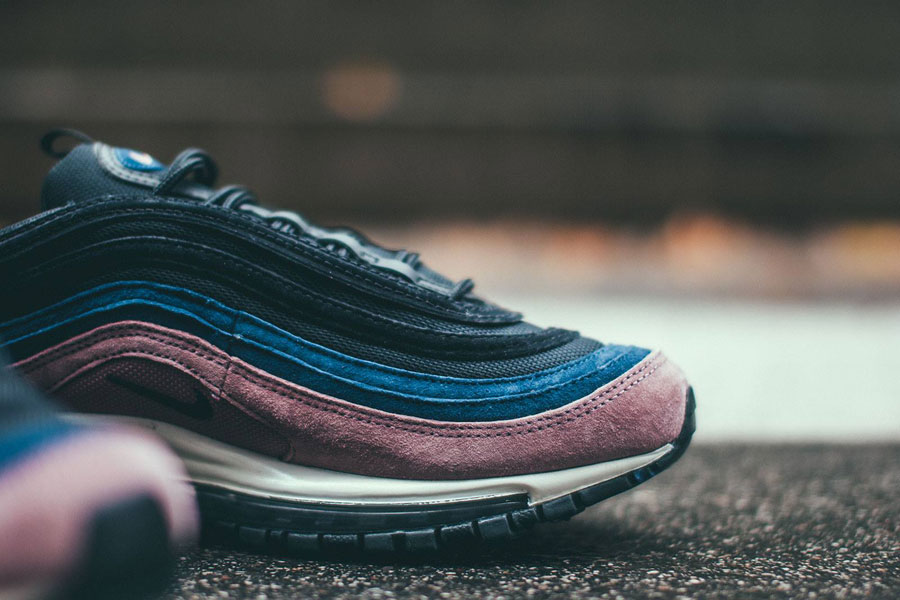 Nike Air Max 97 Premium Smokey Mauve Black Midnight Navy Sail (312834-204) - Toebox