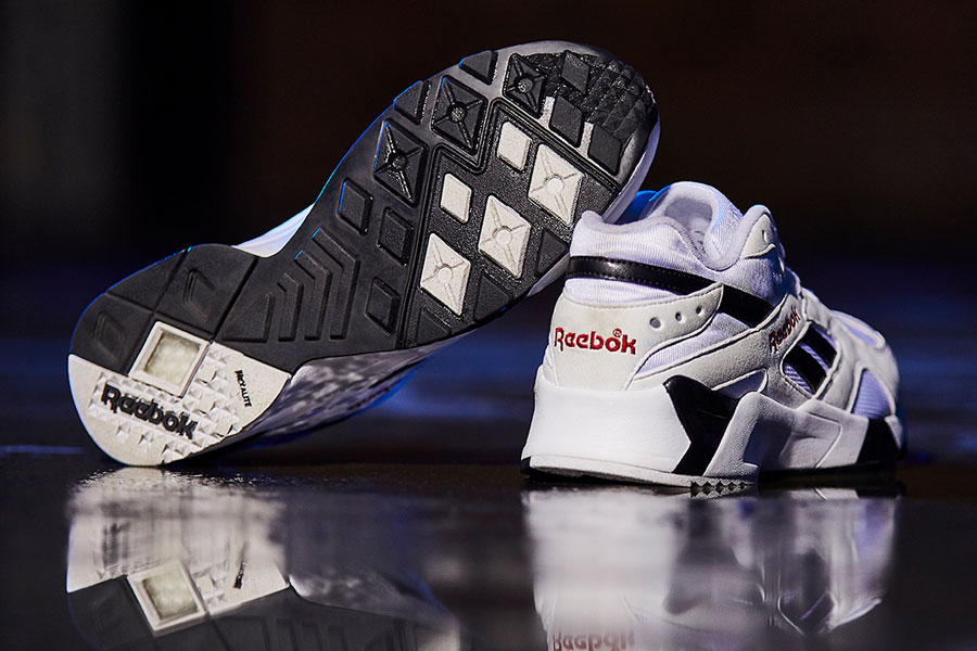 Reebok Aztrek BW-White Black Excellent Red (CN7187)
