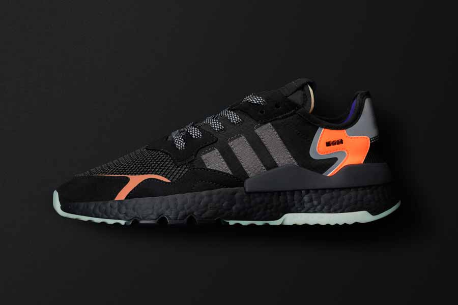 adidas NITE JOGGER Core Black Carbon Active Blue (CG7088) - Mood 3