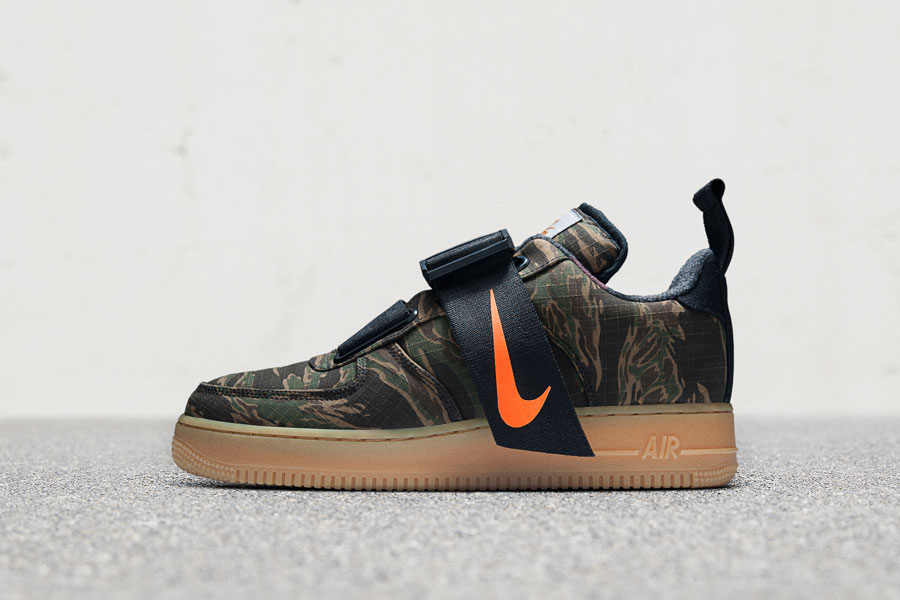 Carhartt WIP x Nike Air Force 1 Utility Low - Left