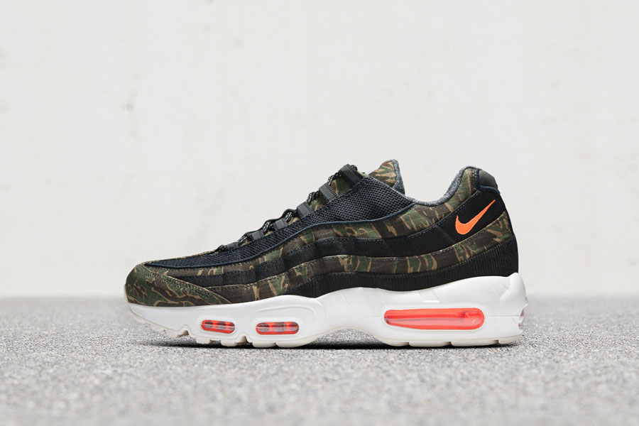 Carhartt WIP x Nike Air Max 95 - Left