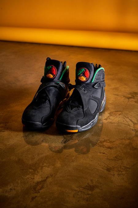 Nike Air Jordan 8 Tinker Air Raid (305381-004) - Mood 2
