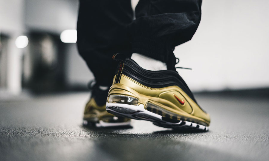 air max 97 black and gold mens
