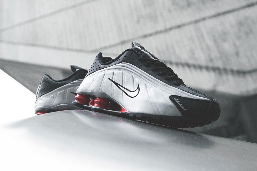 Nike Shox R4 Silver Black Red (BV1111-008) - Mood 1