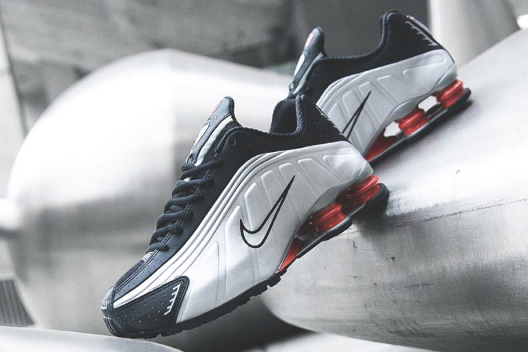 Nike Shox R4 Silver Black Red (BV1111-008) - Mood 2