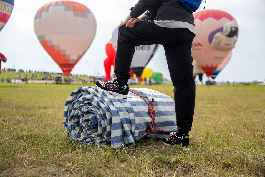 size x ASICS GEL-SAGA Balloon Fiesta - Mood 1