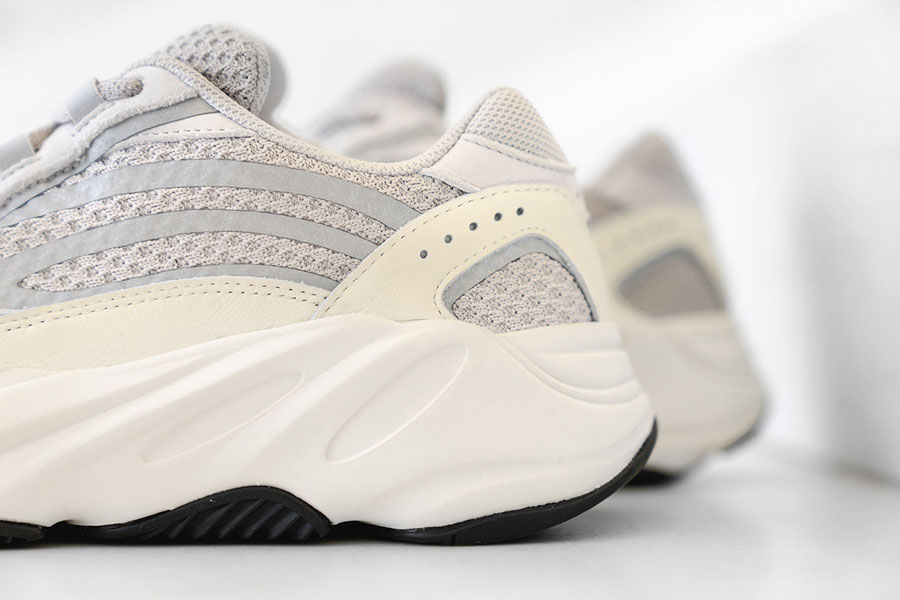 adidas YEEZY BOOST 700 V2 Static (EF2829) - Heel