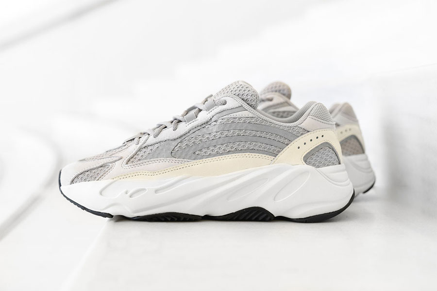 adidas YEEZY BOOST 700 V2 Static (EF2829) - Side