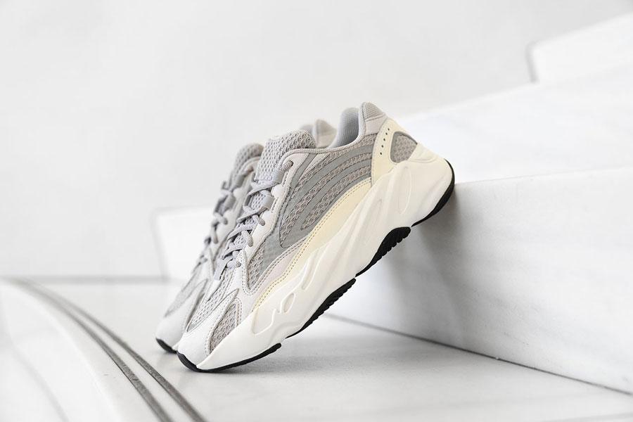 adidas YEEZY BOOST 700 V2 Static (EF2829)