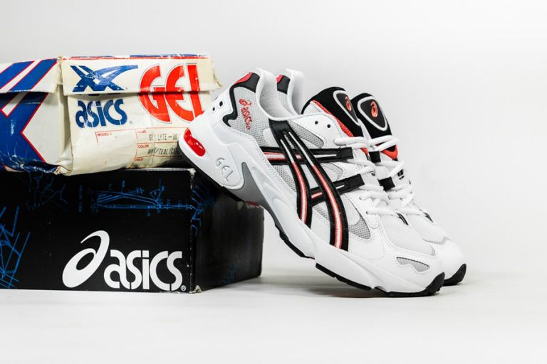 ASICS GEL-KAYANO 5 OG White Black (1191A176-101) - Mood 1