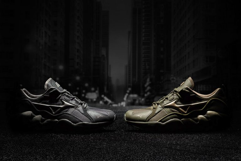 Mizuno Wave Rider 1 Tech Future Pack