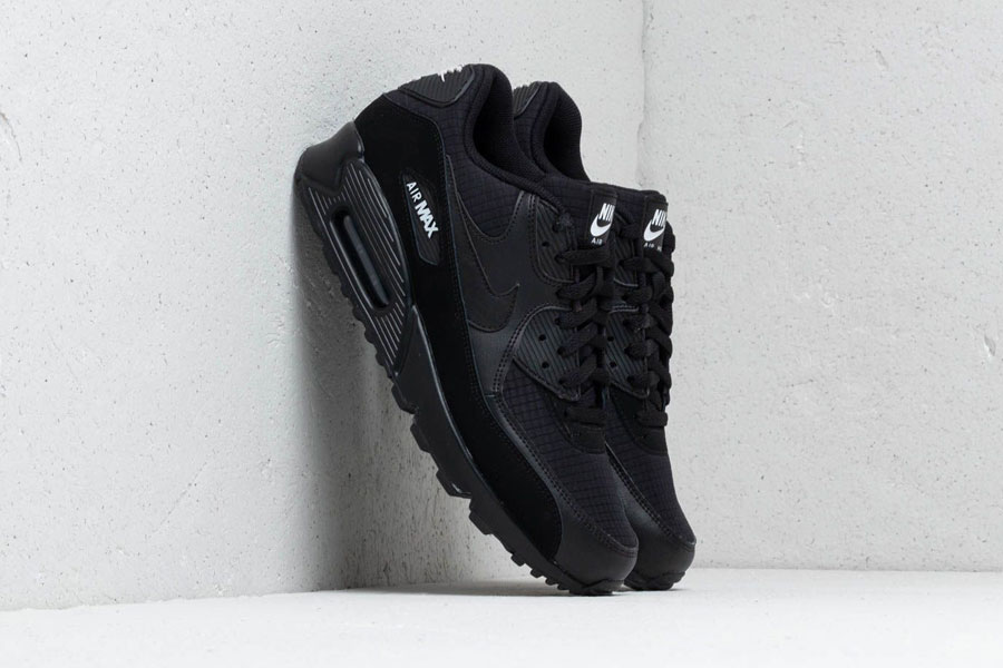 Nike Air Max 90 Essential Black White (AJ1285-019) - Mood 1