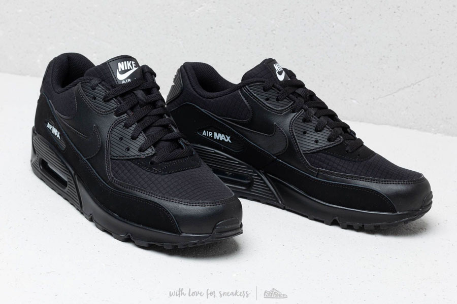 Nike Air Max 90 Essential Black White (AJ1285-019) - Mood 3