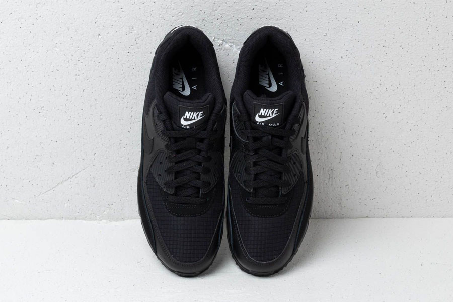 Nike Air Max 90 Essential Black White (AJ1285-019) - Mood 4