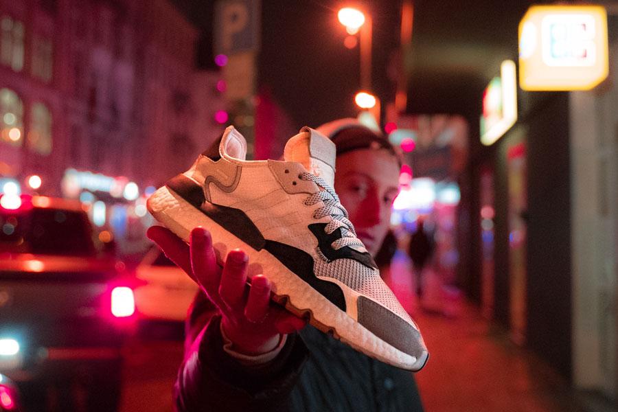 adidas Nite Jogger Footwear White Cry White (CG5950) - Mood 3
