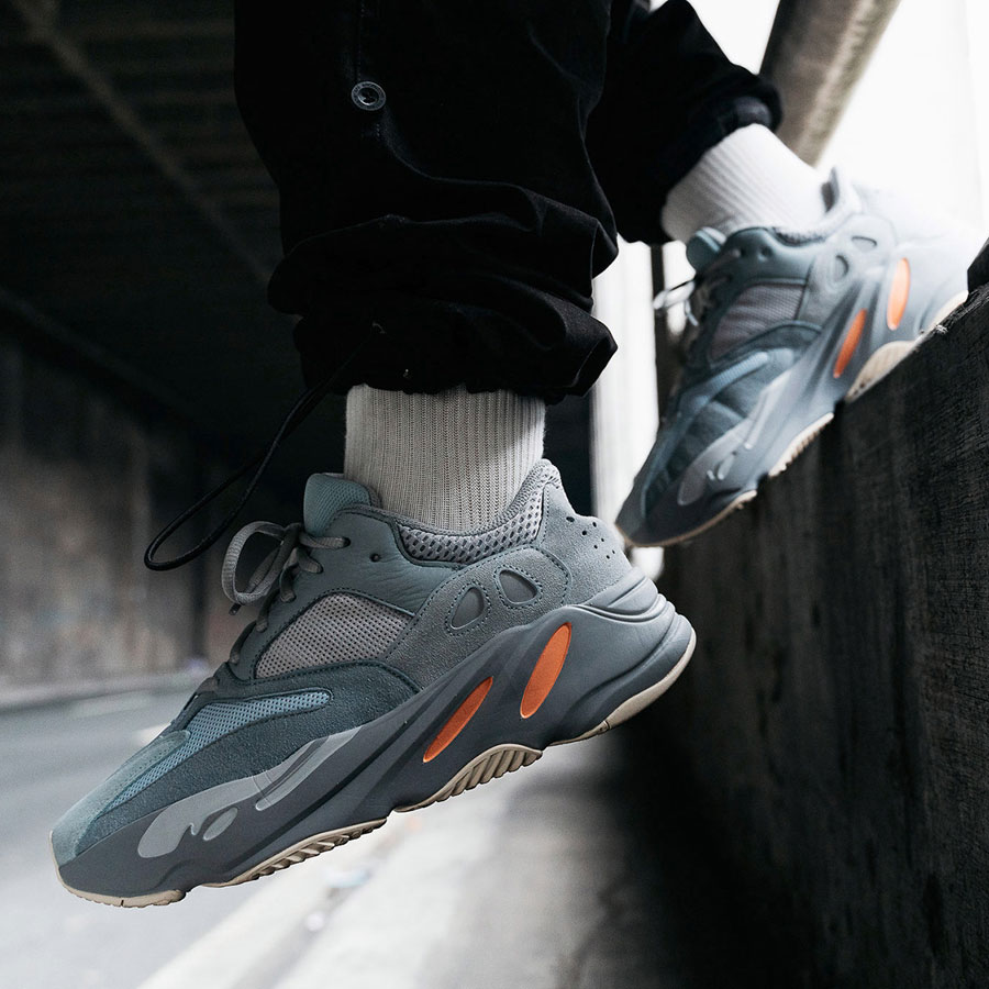 adidas YEEZY BOOST 700 Inertia - Mood 5