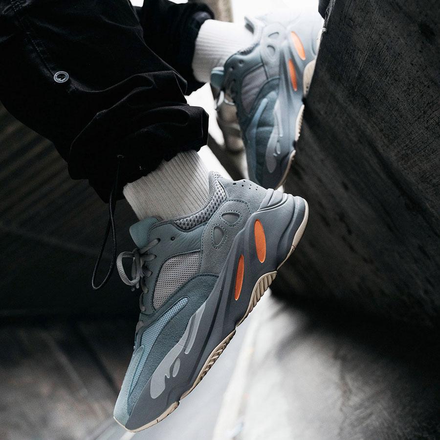 adidas YEEZY BOOST 700 Inertia - Mood 6