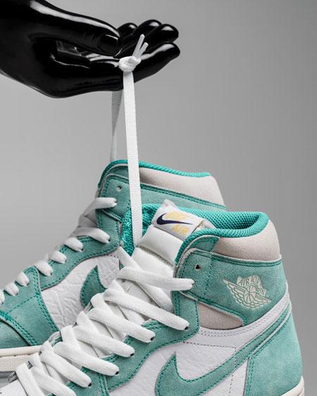Nike Air Jordan 1 Retro High OG Turbo Green (555088-311) - Mood 2