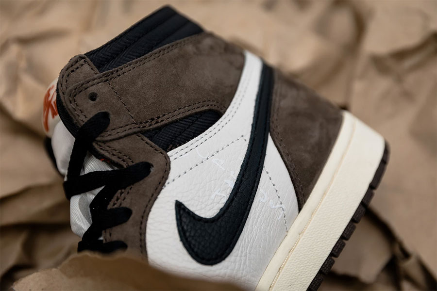 6b6863c9e953d6 Travis Scott x Nike Air Jordan 1 Retro High OG (CD4487-100) -
