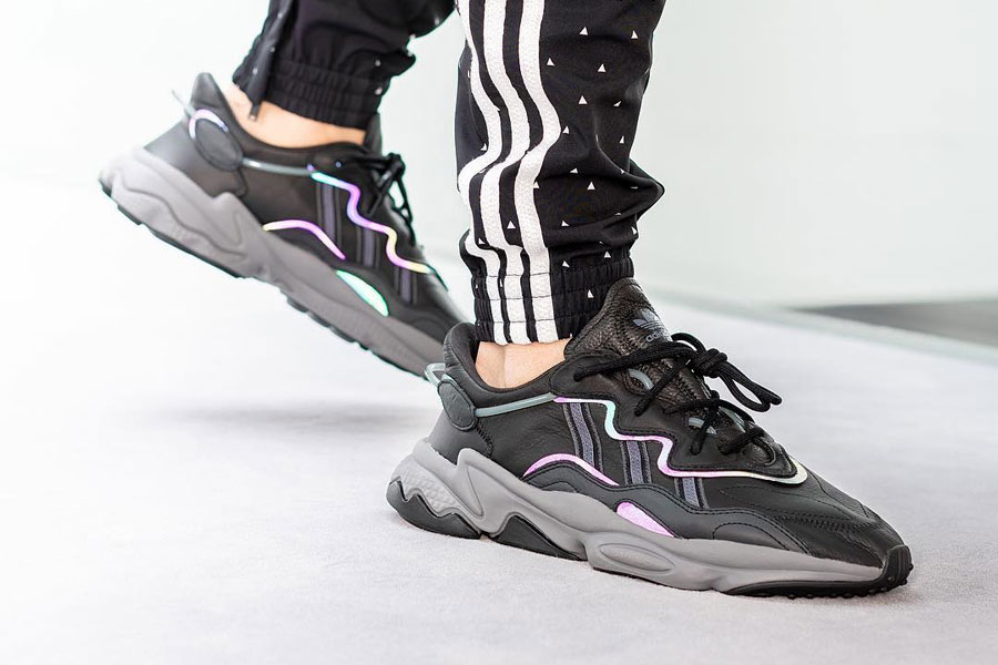 adidas OZ Adiprene Black Xeno - On feet 2